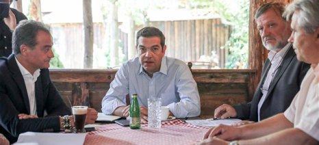 Τσίπρας: Προτεραιότητα της κυβέρνησης τα αρδευτικά έργα σε Πρέσπες, Τριανταφυλλιά και Βεγορίτιδα