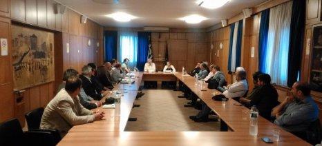 Συνάντηση Τσιρώνη με επιχειρήσεις τυποποίησης μελιού για την προώθηση του ελληνικού προϊόντος στις διεθνείς αγορές