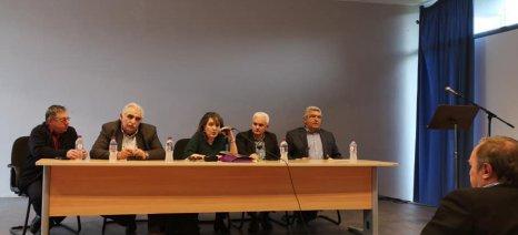 Τον Τύρναβο επισκέφθηκε η Τελιγιορίδου για να ενημερωθεί από κοντά για τις ζημιές στις καλλιέργειες