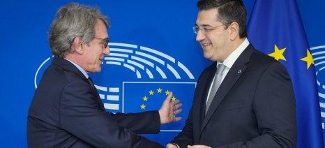 Για τη μεταναστευτική κρίση συναντήθηκαν Τζιτζικώστας-Sassoli στις Βρυξέλλες