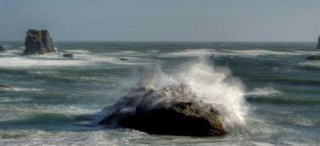 Βοριάδες και κύματα μέχρι το τέλος Αυγούστου