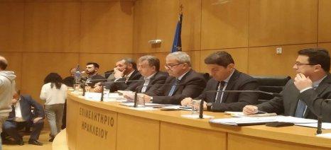 Με «μικρό καλάθι» αποζημιώσεων ο Βορίδης στην Κρήτη – επιτροπή θα εξετάσει τις ζημιές από τις δακοπροσβολές