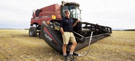 Το παγκόσμιο ρεκόρ στη συγκομιδή σίτου κατέχει αυτός ο αγρότης από τη Νέα Ζηλανδία