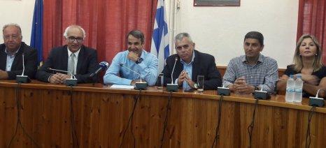 Χαρακόπουλος: Αγρότες και κτηνοτρόφοι προσβλέπουν στον Μητσοτάκη - ΣΥΡΙΖΑ: Διαστρεβλώνει την πραγματικότητα
