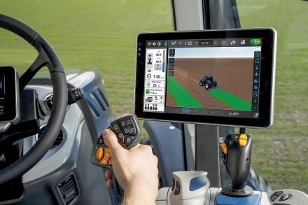 AgroPublic   new holland launches new t7 heavy duty 590556