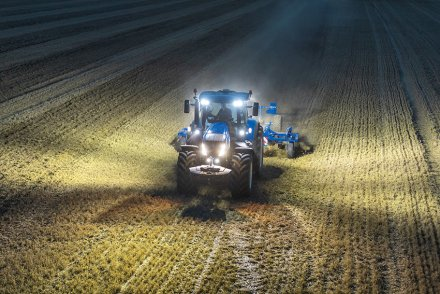 AgroPublic   new holland launches new t7 heavy duty 590578